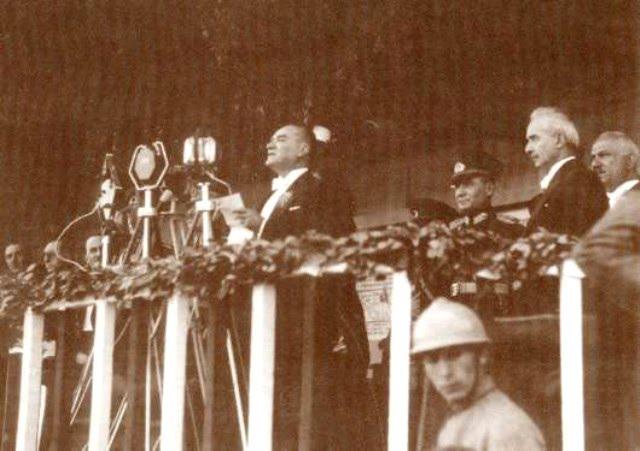 29 Ekim Cumhuriyet Bayramı'nın Anlam ve Önemi Nedir? Cumhuriyet Nedir?