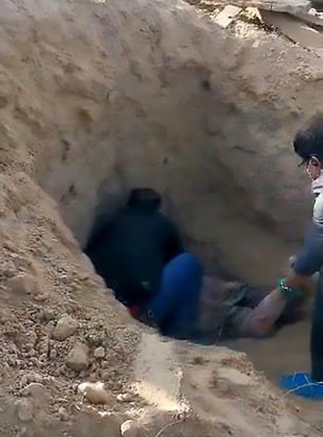 Çin'de bir adam engelli annesini diri diri gömdü, kadın 3 gün sonra kurtarıldı