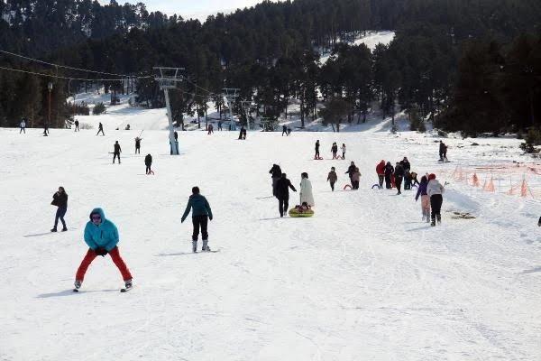 Ardahan'da dün kayak merkezi doldu, bugün sokaklarda sessizlik hakim oldu kaldı